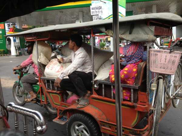 Full tuktuk