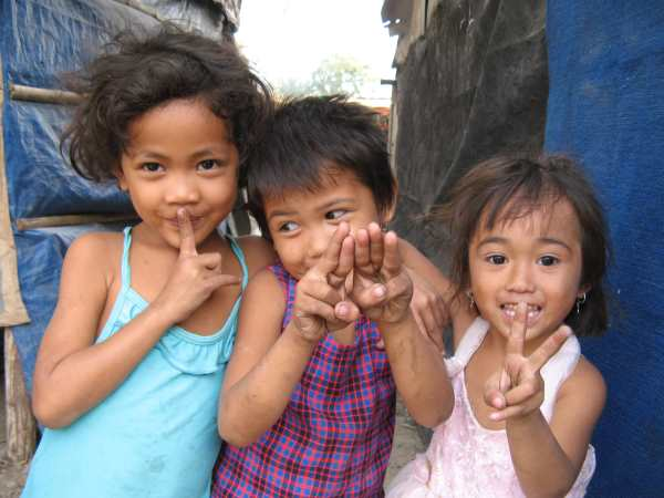 Kids in slum community Phnom Penh.