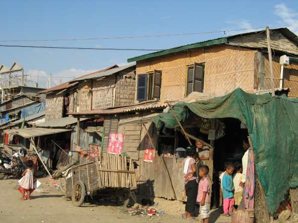 Slum Community in Phnom Penh supported by One-2-One Charitable Trust